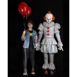 IT : Chapter Two Life Size Foam replica Pennywise (180 cm)