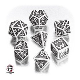White & Black Dwarven Dice set (7)