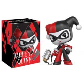 """Super Deluxe Vinyl: Harley Quinn 9"""""""