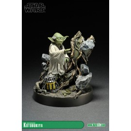 Star Wars - Yoda The Empire Strikes Back ARTFX statue