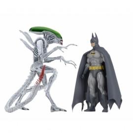 """Batman vs Alien - 7"""" Scale Action Figure 2-pack"""