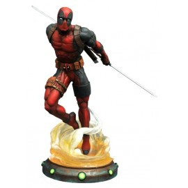 Marvel - Gallery - Deadpool PVC Figure